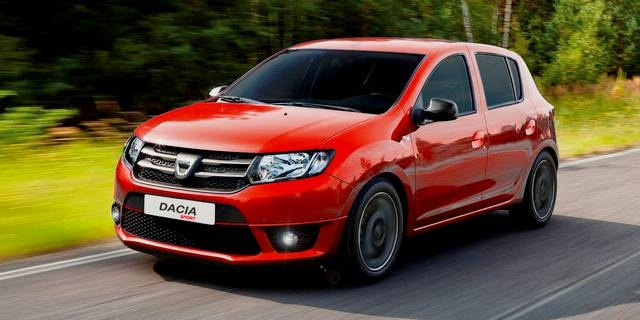 Sandero Sport, sadly not coming to the UK.