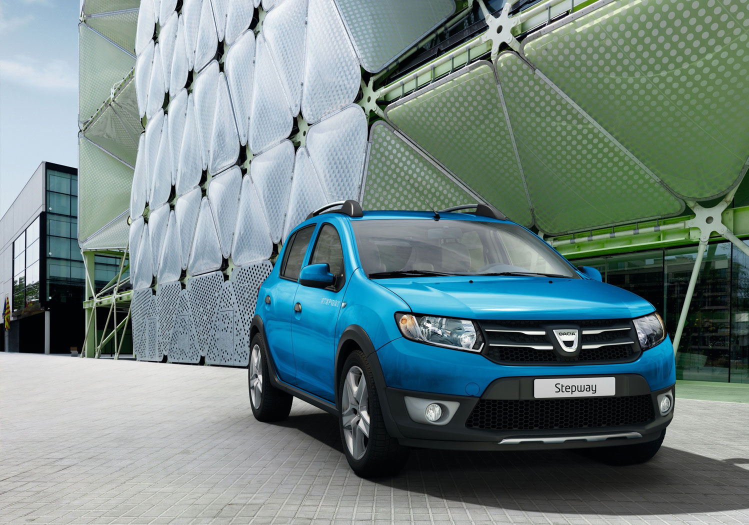 Dacia Introduces New Automatic Manual Easy-R Transmission
